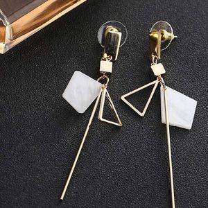 Harika solid gold Dangle Earrings